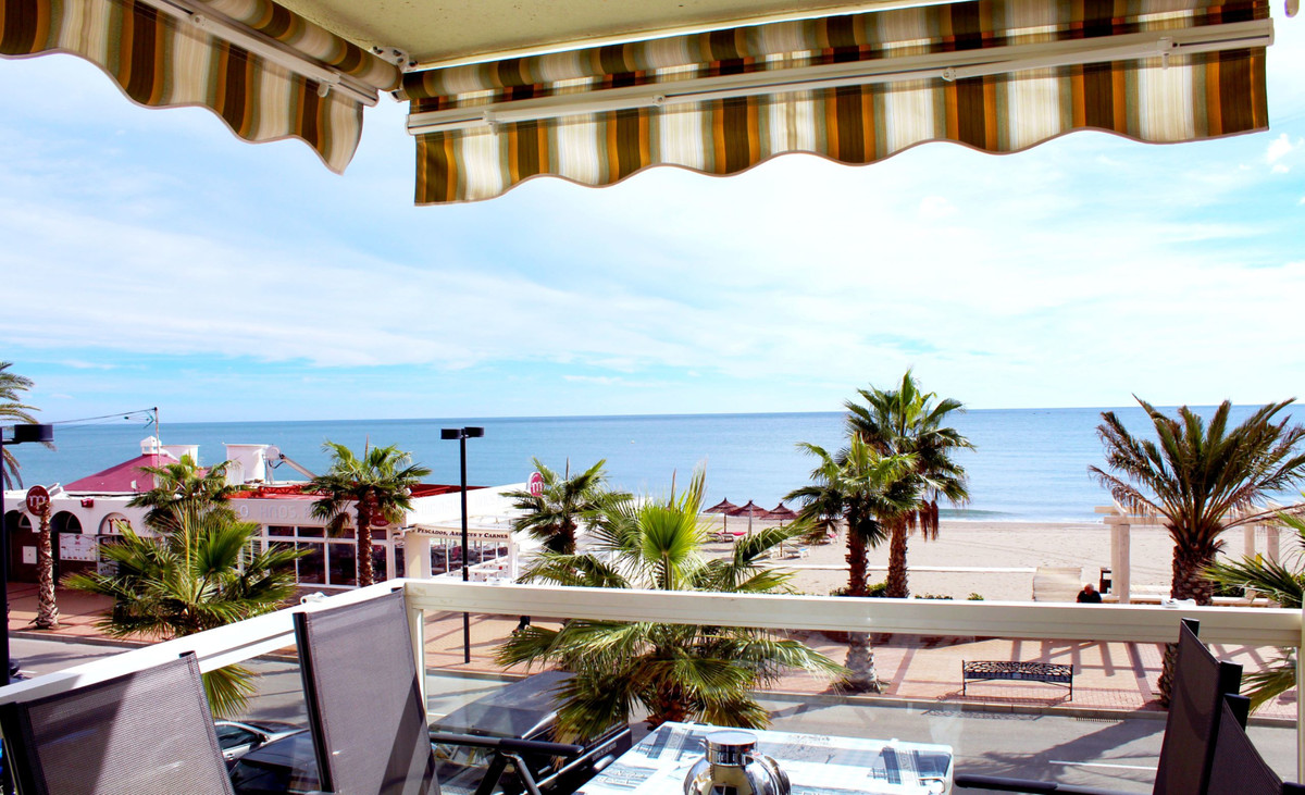 beautiful and cosy beach apartment with amazing sea views. Located in front of Carvajal beach, shops,Spain