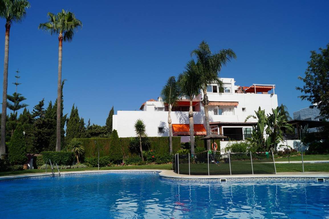 NAGUELES MARBELLA  Beautiful semi-detached house in Marbella, Nagueles area, 5 minutes from La Canad, Spain