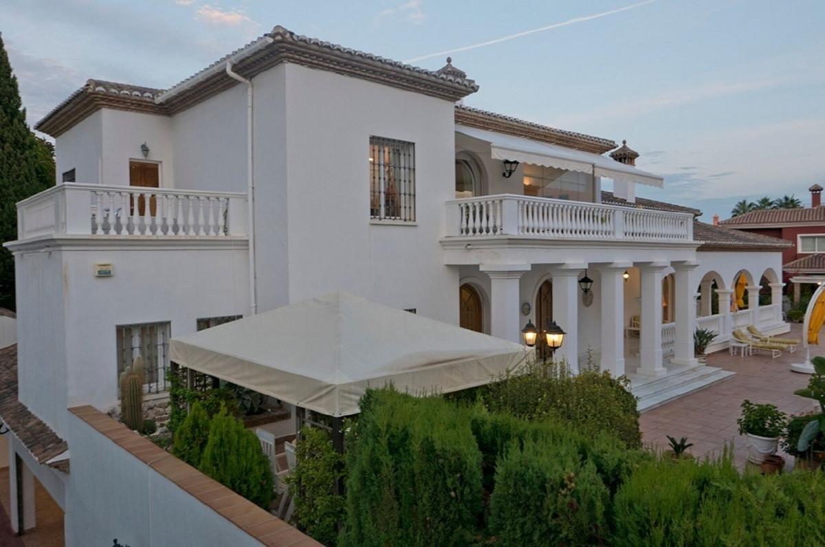 Villa 3 Dormitorios en Venta Bahía de Marbella