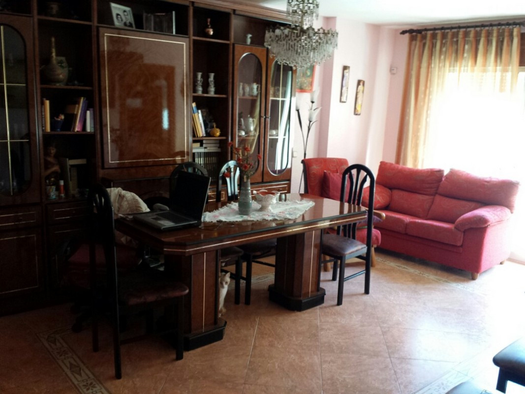 Good central 3 bedroom apartment on the first floor of 3. No elevator but easily accessible. Good li, Spain