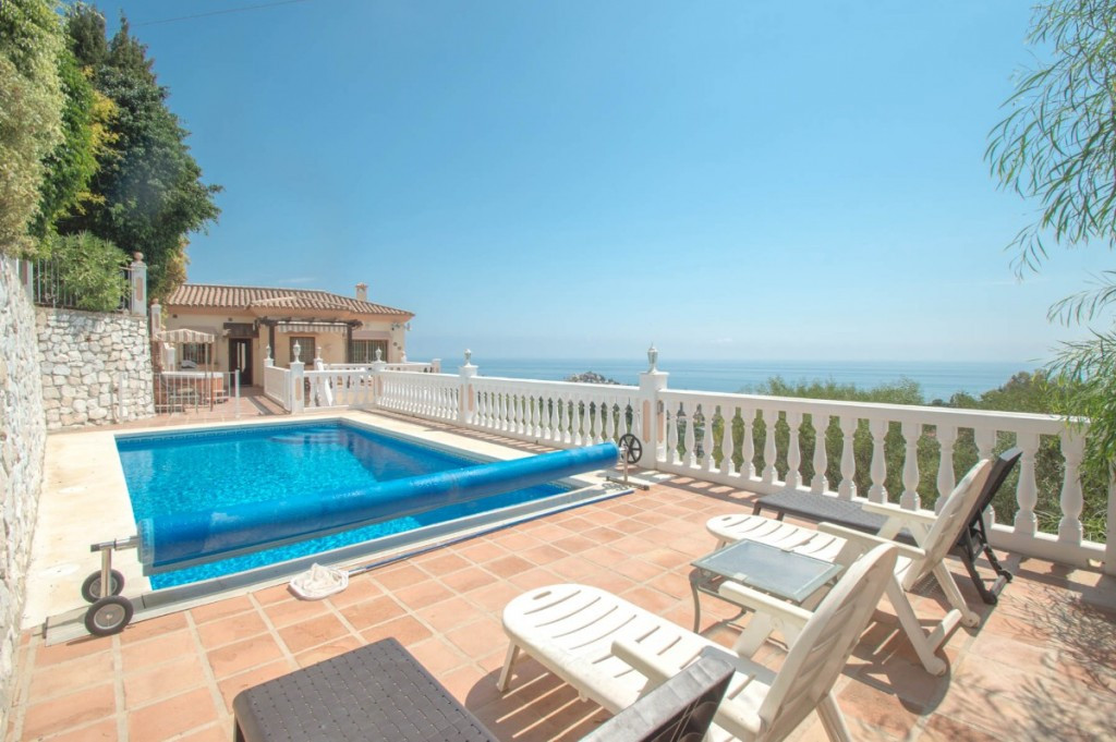 Villa Detached Benalmadena Málaga Costa del Sol R2267417