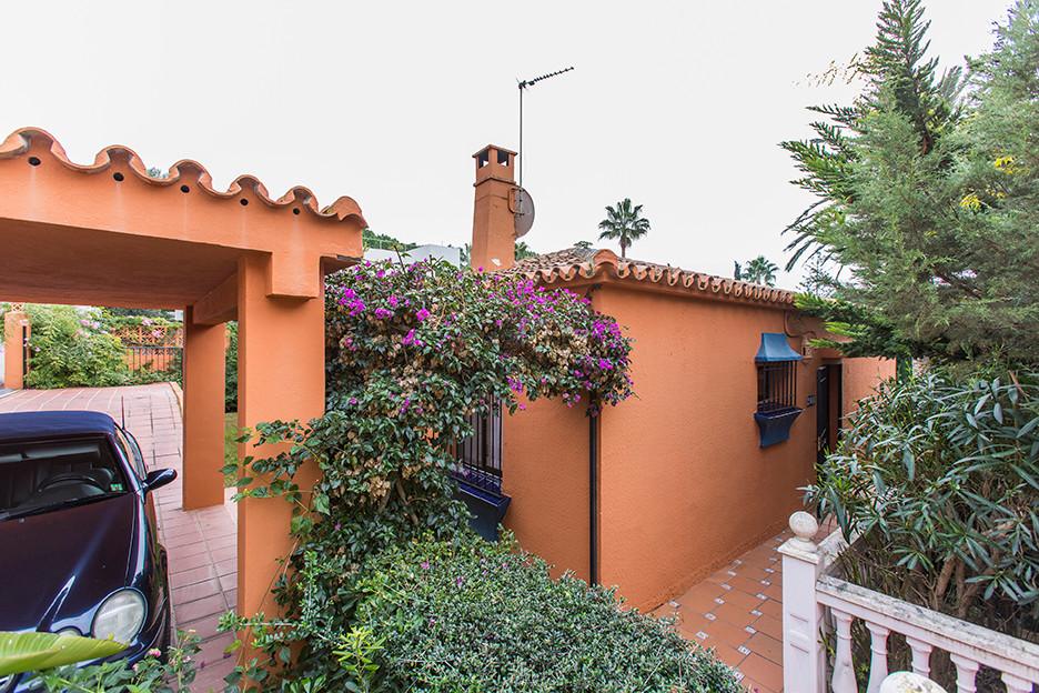 Villa Detached Marbesa Málaga Costa del Sol R2178632 2
