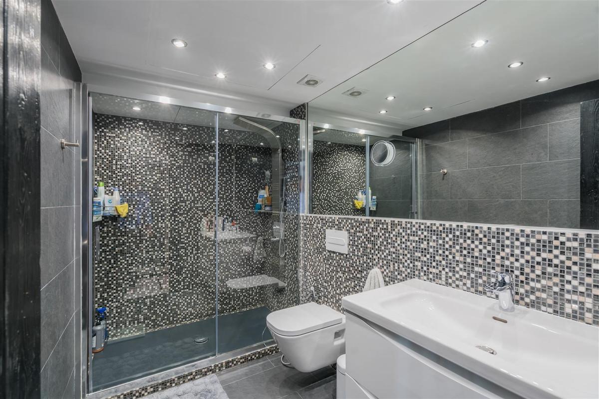 Apartment Penthouse Marbella Málaga Costa del Sol R3078292 4