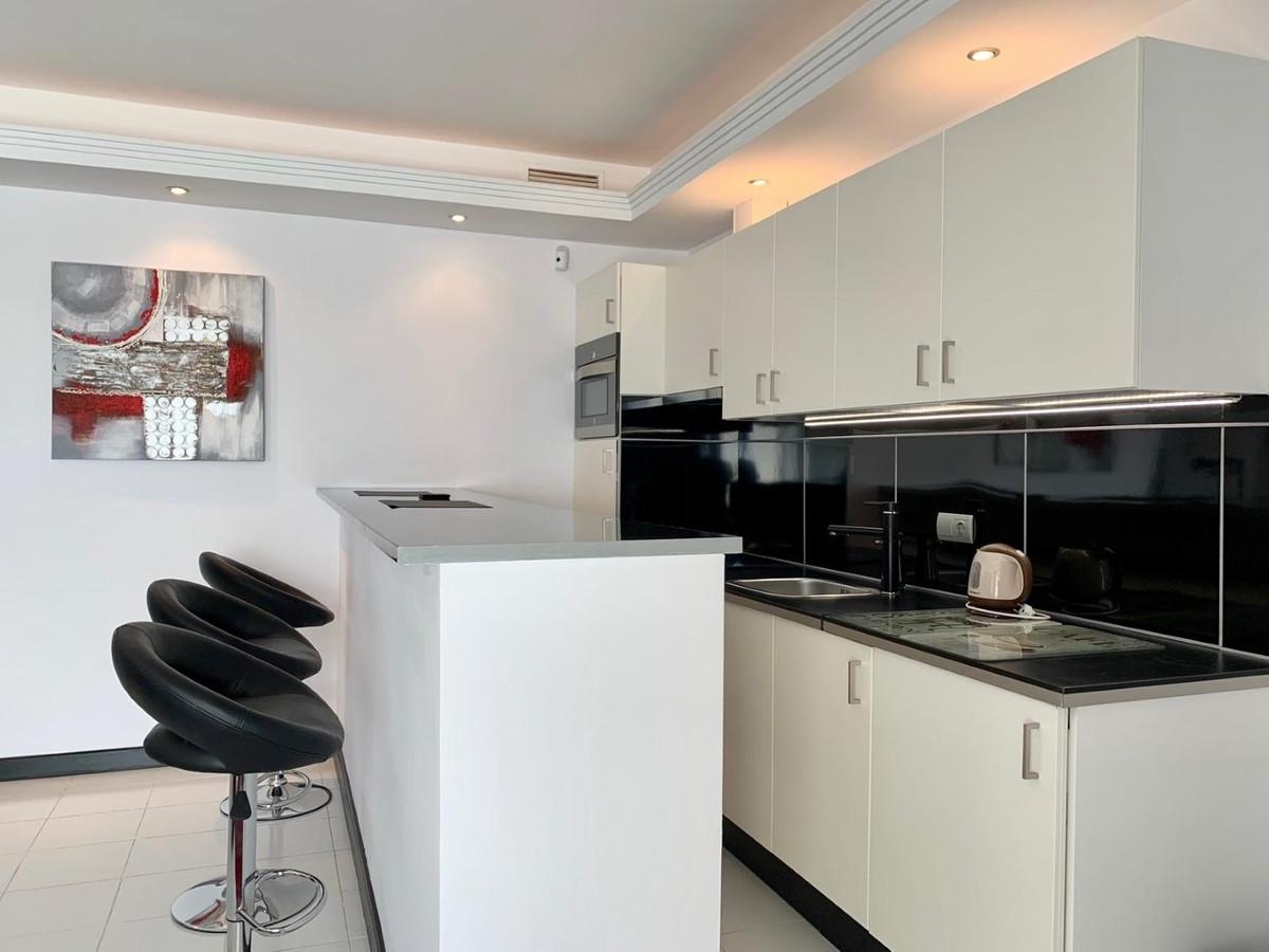 Apartment Penthouse Marbella Málaga Costa del Sol R3078292 6