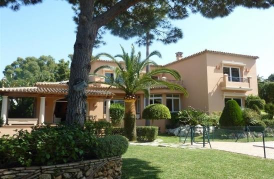 Villa Detached Elviria Málaga Costa del Sol R2577890
