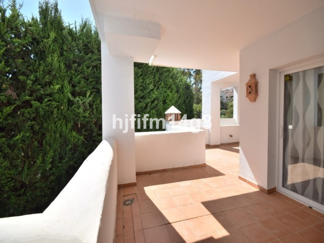 Apartment Middle Floor Nueva Andalucía Málaga Costa del Sol R2750639 2