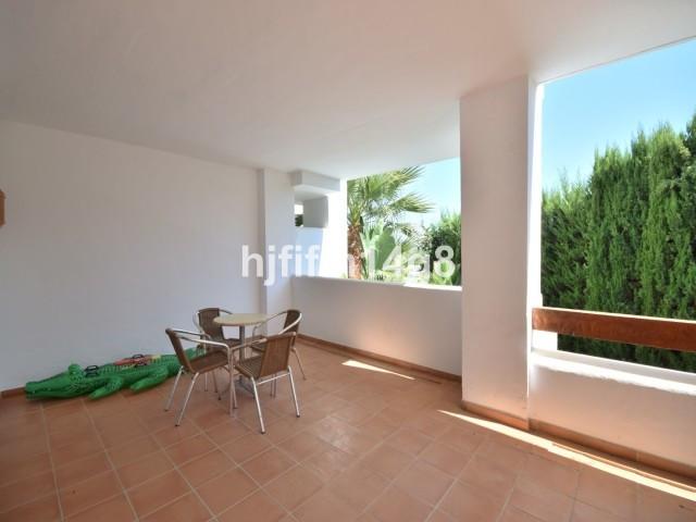 Apartment Middle Floor Nueva Andalucía Málaga Costa del Sol R2750639 4