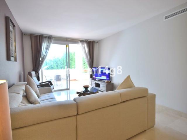 Apartment Middle Floor Nueva Andalucía Málaga Costa del Sol R2750639 9
