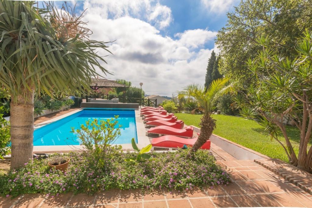 Villa Detached Benalmadena Pueblo Málaga Costa del Sol R2329154 3