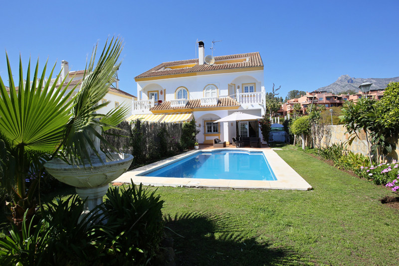 Reduced from €750,000. A luxurious holiday home comprising 4 bedrooms and 3 bathrooms (plus an addit,Spain