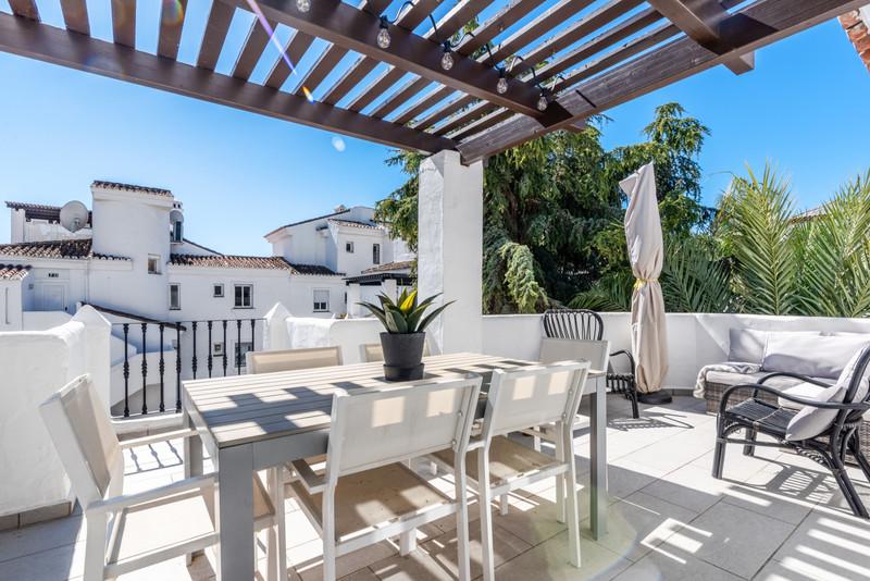 Marbella Banus Penthouse, Nueva Andalucía – R3626165