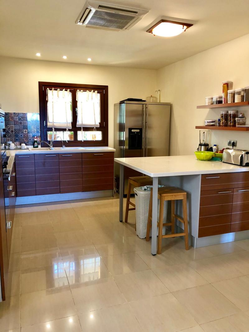 Se vende Villa – Chalet, Sierra Blanca – R2482310