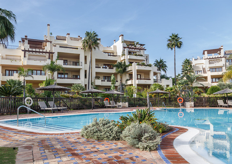 Magnificent penthouse triplex in Bahia del Velerin with 3 bedrooms, 4 bathrooms, 2 car garage and a , Spain