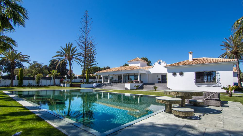 Detached Villa for sale in The Golden Mile R3317392