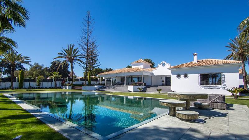 Marbella Banus Villa – Chalet en venta en The Golden Mile – R3317392