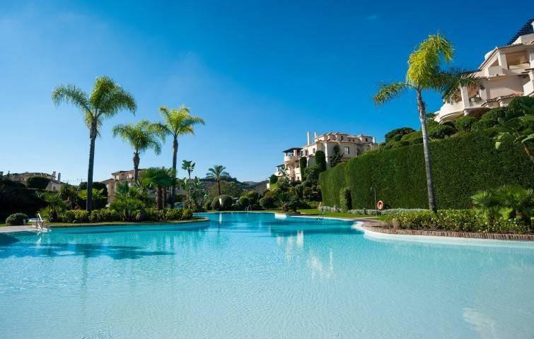 Marbella Banus Apartamento Planta Baja en Venta en Benahavís – R3223096