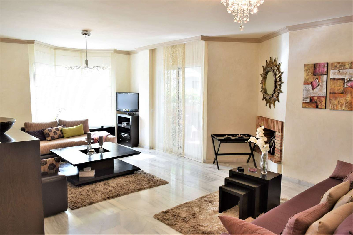 SOLD..  Very nice 2 Groundfloor appartments in the lovely urbanization of los naranjos de Marbella. ,Spain