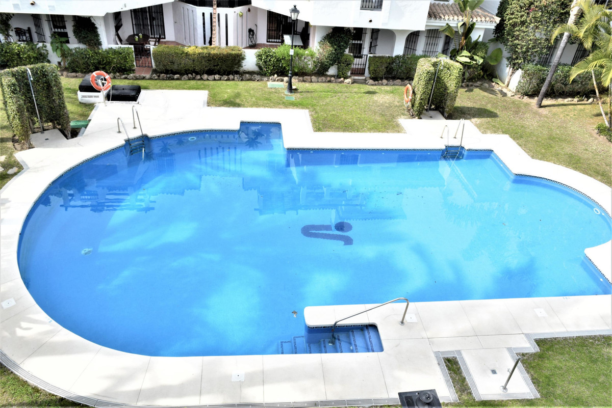 For Sale,  A nice 3 bedroom duplex Penthouse in the lovely Urbanization of Los Naranjos de Marbella.,Spain