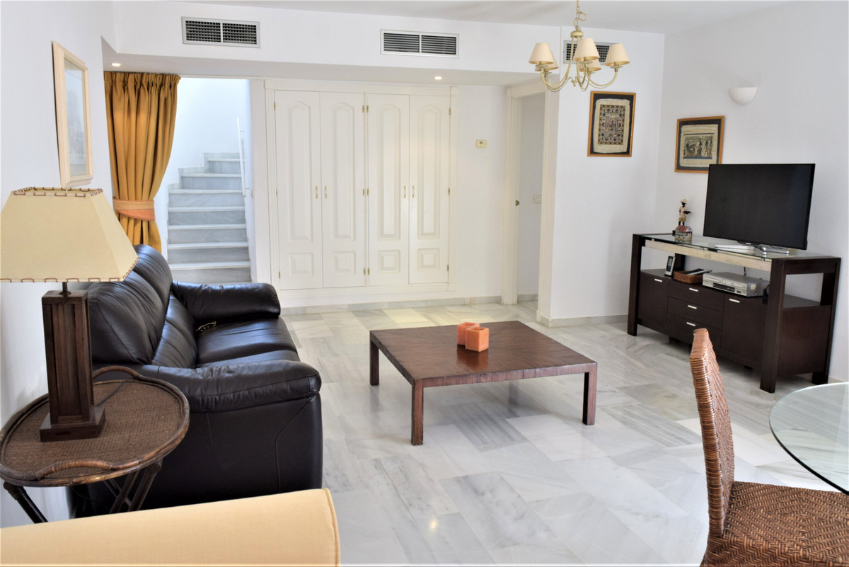 1 Bedroom Apartment for sale Nueva Andalucía