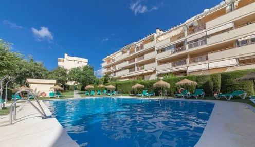 LOVELY AND SUNNY APARTAMENT. 1 BEDROOM WITH FIRE PLACE.. SUNNY TERRACE..   Middle Floor Apartment, C, Spain