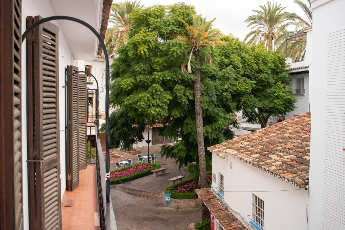 Marbella Banus Apartamento en Venta en Marbella – R3744205
