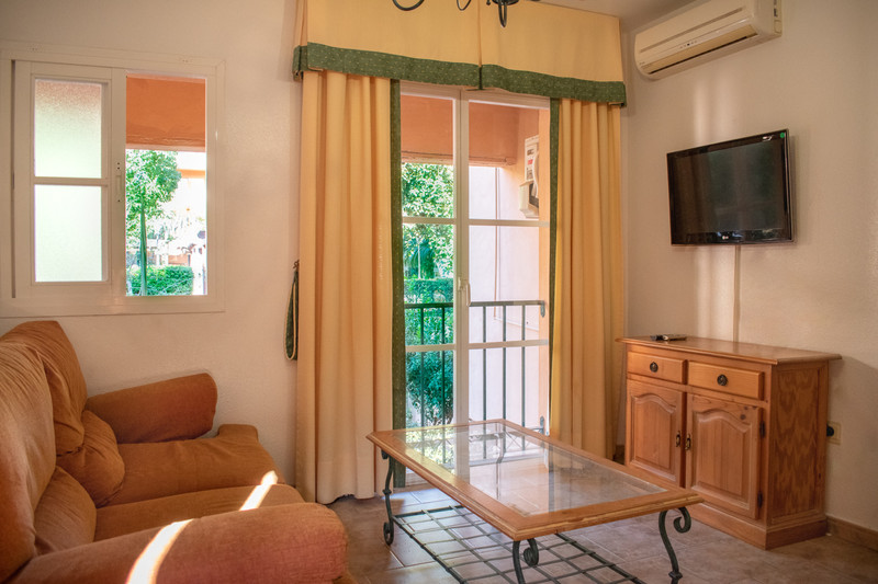 Middle Floor Apartment in Riviera del Sol for sale