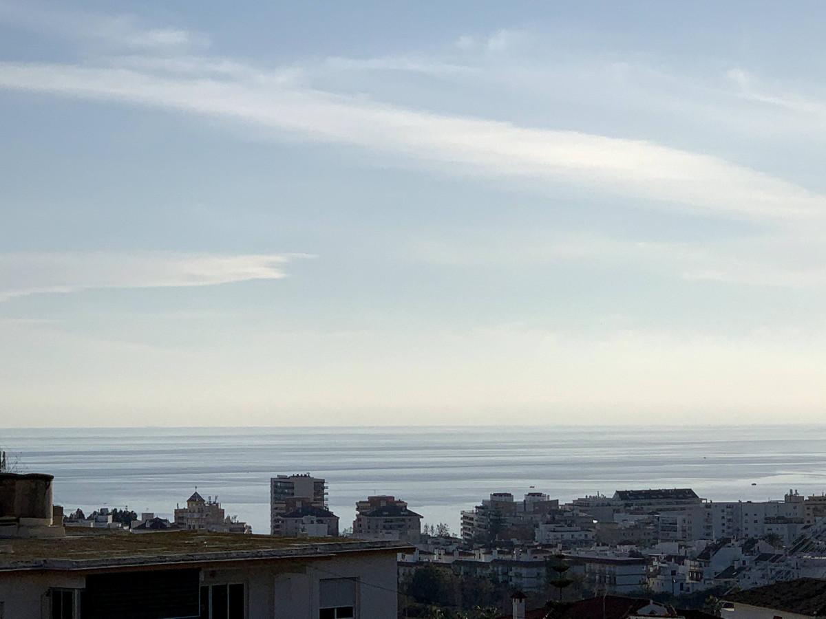 Marbella Banus Apartamento en Venta en Marbella – R3785860