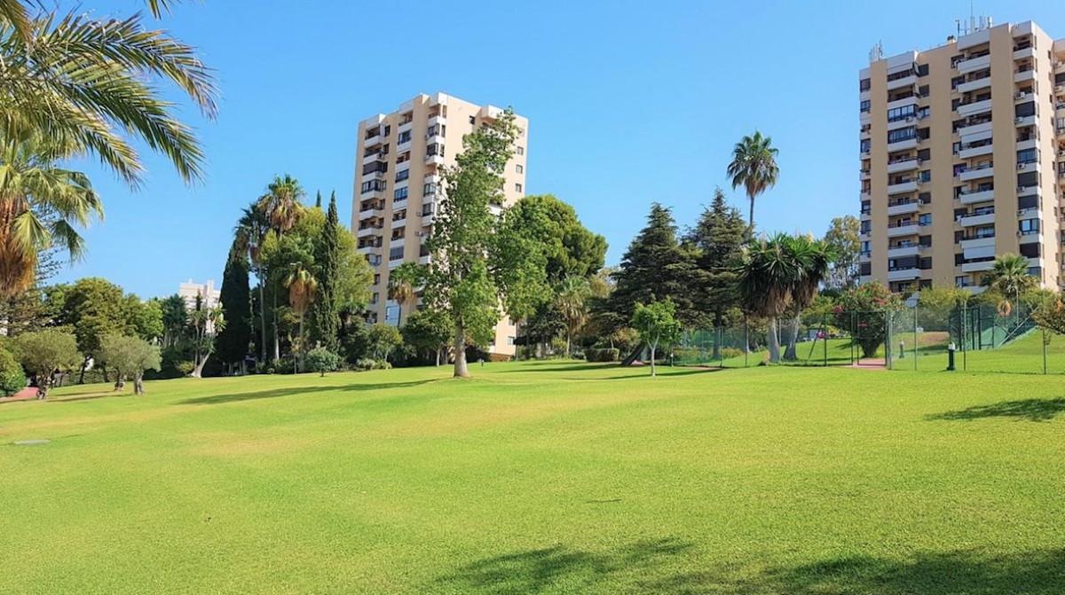 Marbella Banus Apartamento en Venta en Nueva Andalucía – R3785473