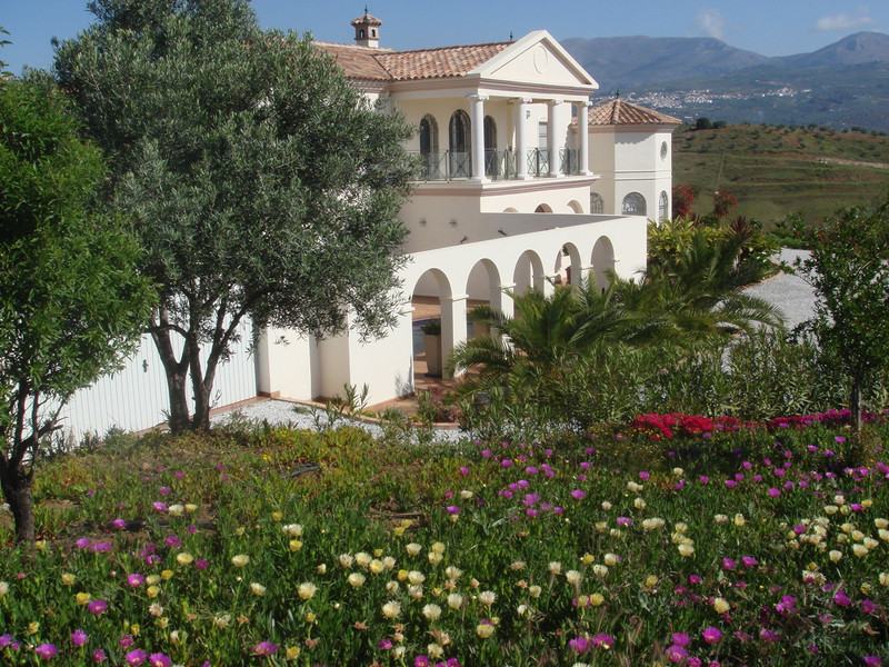 Villa – Chalet en venta en Málaga – R2850632