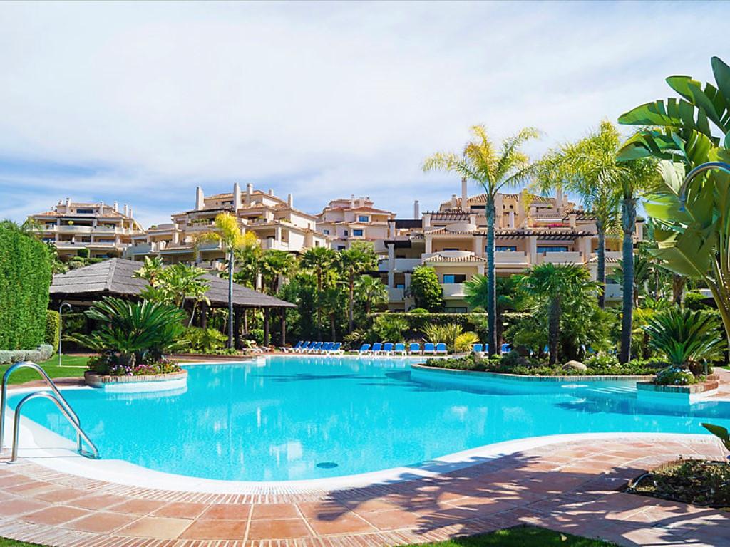 Ground Floor Apartment, Benahavis, Costa del Sol. 2 Bedrooms, 2 Bathrooms, Built 120 m², Terrace 60 ,Spain