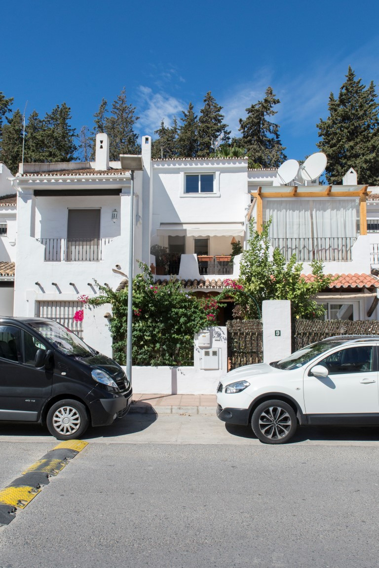 Townhouse  Terraced for sale   in Nueva Andalucía