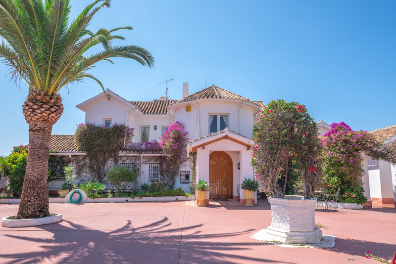 Property for sale in Guadalmina 3
