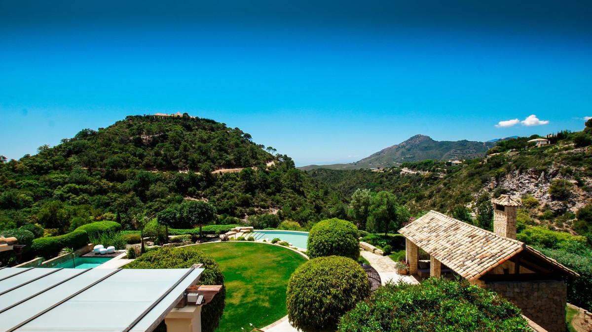 8 Bedroom Detached Villa For Sale La Zagaleta