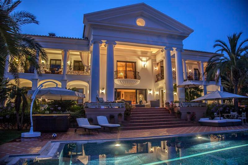 Se vende Villa – Chalet, Sierra Blanca – R2698313