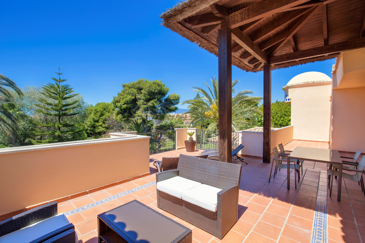 Magnificent two bedroom, southwest facing penthouse in the beachside gated community Las Mimosas De , Spain