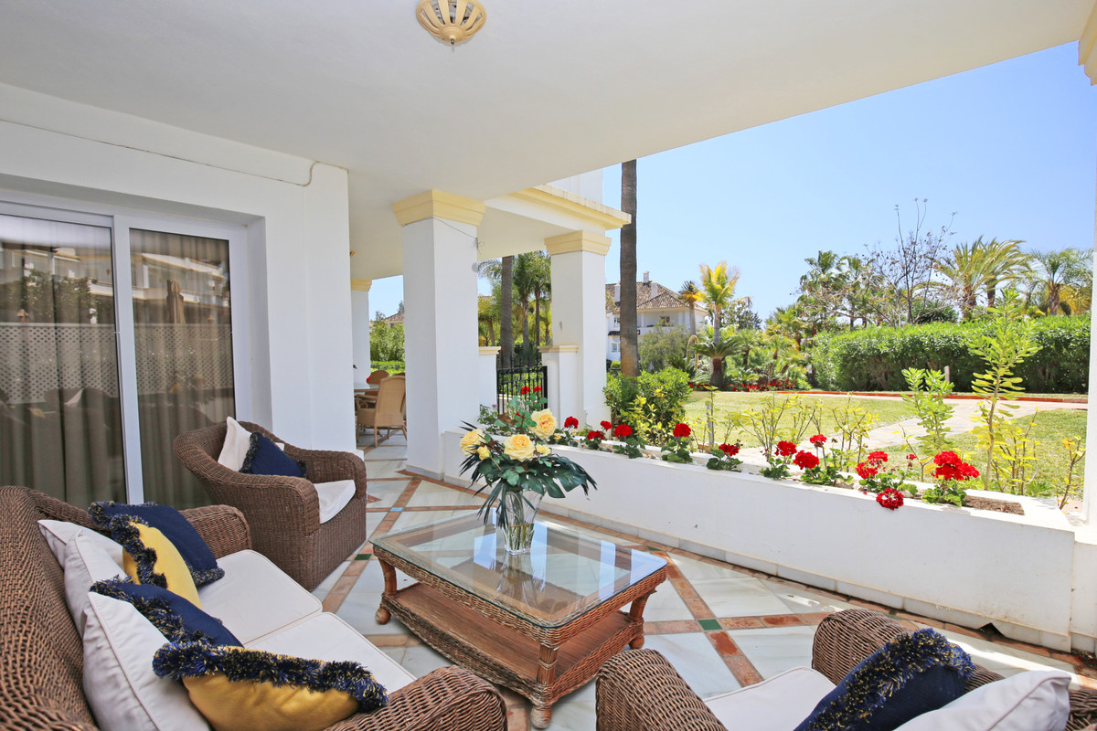 Luxury ground floor, three bedroom, south west facing apartment in the gated and prestigious communi,Spain