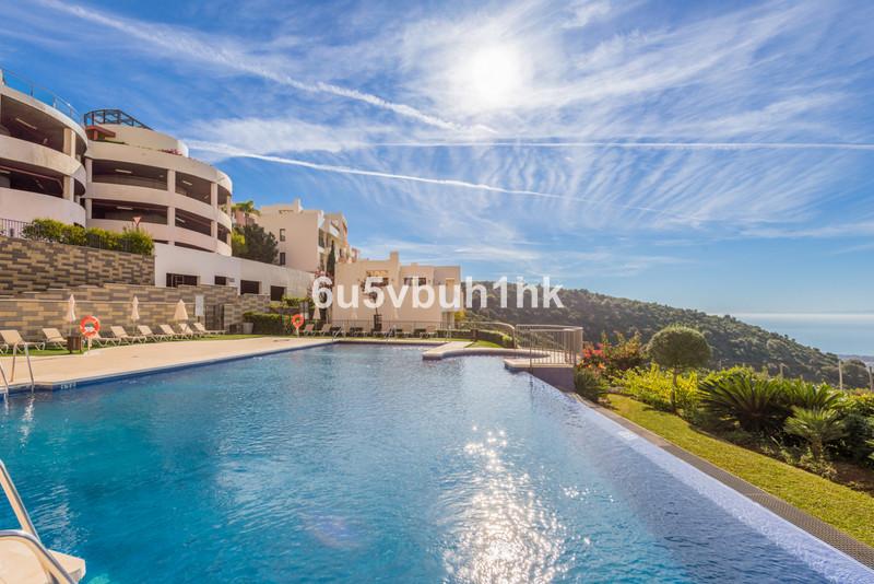 Marbella Banus Apartamento Planta Baja en venta en Altos de los Monteros – R3533746