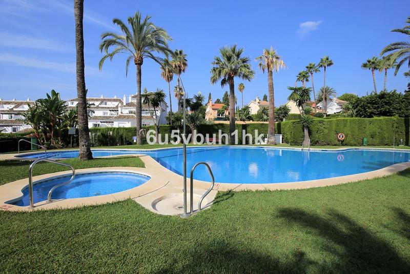 Marbella Banus Apartamento Planta Media, Nueva Andalucía – R3283120