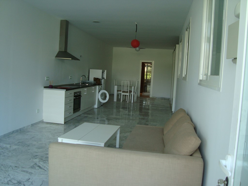 1 bedrooms 2 bathrooms Studio for sale in Estepona for €87,000