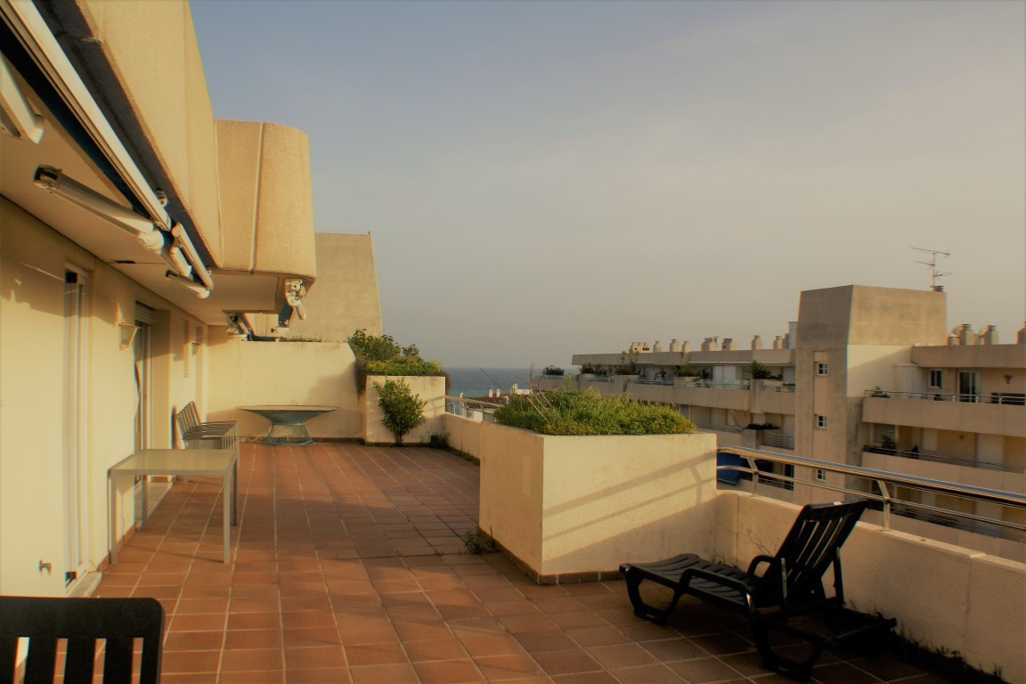 2 bedrooms 2 bathrooms Apartment for rent in Marbella for €1,500/Month