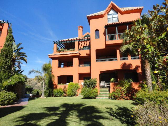 2 bedrooms 2 bathrooms Apartment for venta in Calahonda for €212,000