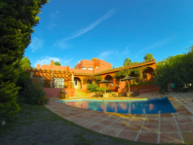 4 bedrooms 3 bathrooms Townhouse for sale in Benalmadena for €675,000