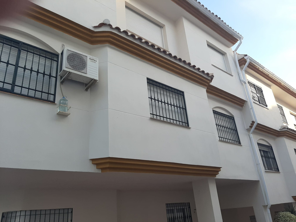 Ground Floor Apartment, Arroyo de la Miel, Costa del Sol. 2 Bedrooms, 1 Bathroom, Built 67 m², Terra, Spain