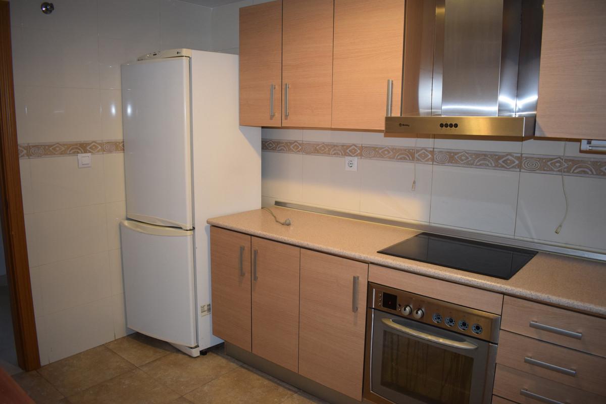 Apartamento Planta Media  en venta en  El Pinillo, Costa del Sol – R3349537