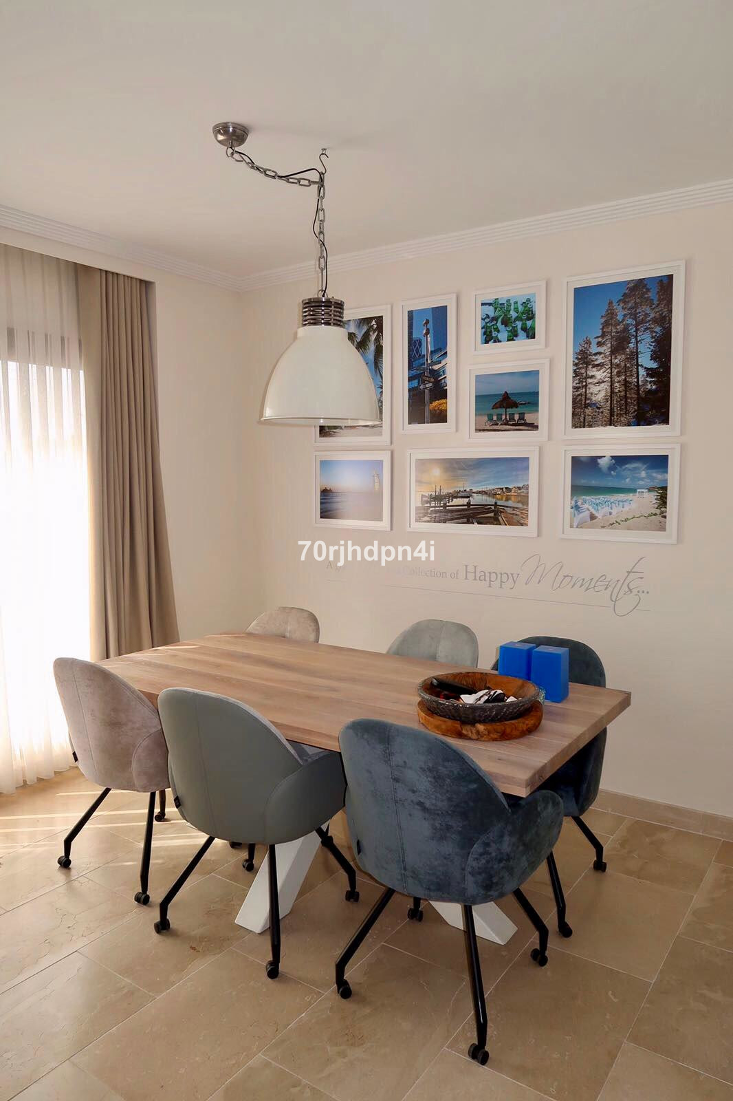 This penthouse with 3 bedrooms. 2 baths. has been completely renewed with a very high level of finis, Spain