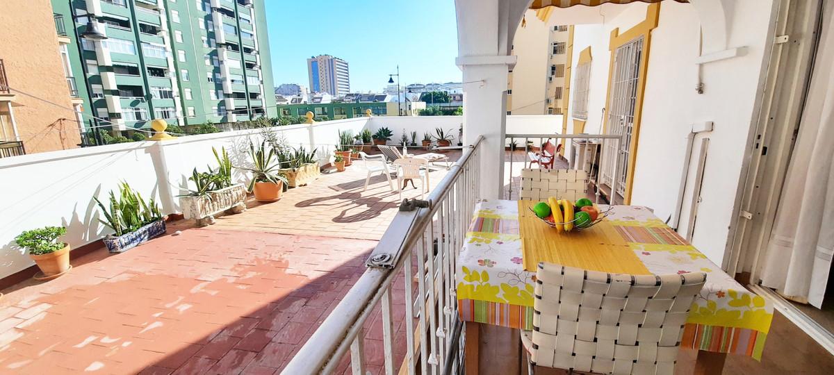 Apartamento Planta Media en Los Boliches, Costa del Sol