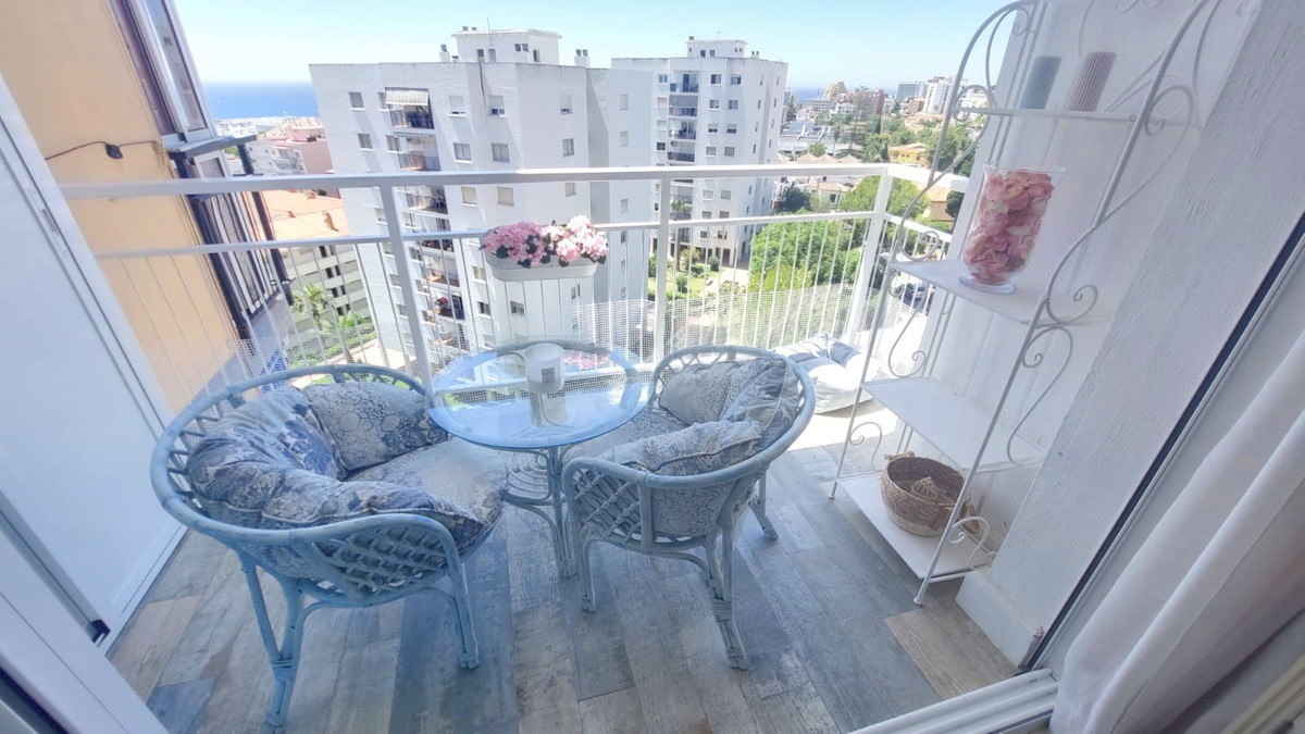Totally reformed apartment located on the 9th floor by the Benalmadena marina. A bright and sunny so,Spain
