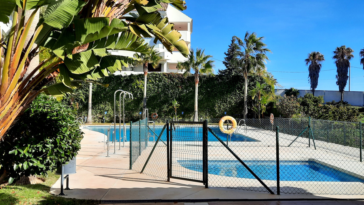 Middle Floor Apartment, Benalmadena, Costa del Sol. 2 Bedrooms, 2 Bathrooms, Built 78 m², Terrace 5 , Spain