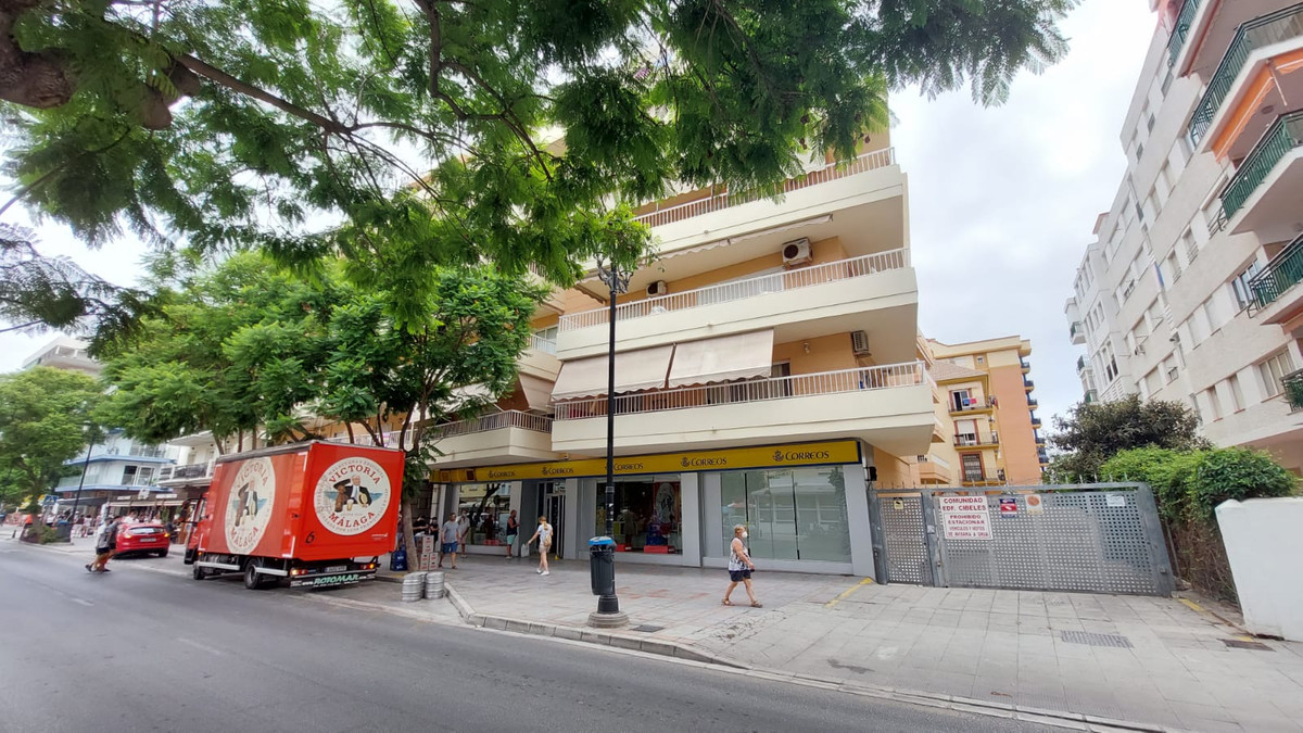 Parking Space, Fuengirola, Costa del Sol. Built 14 m².  Setting : Commercial Area, Close To Port, Cl,Spain