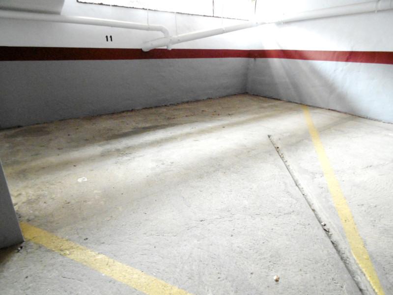 Garage in Fuengirola for sale